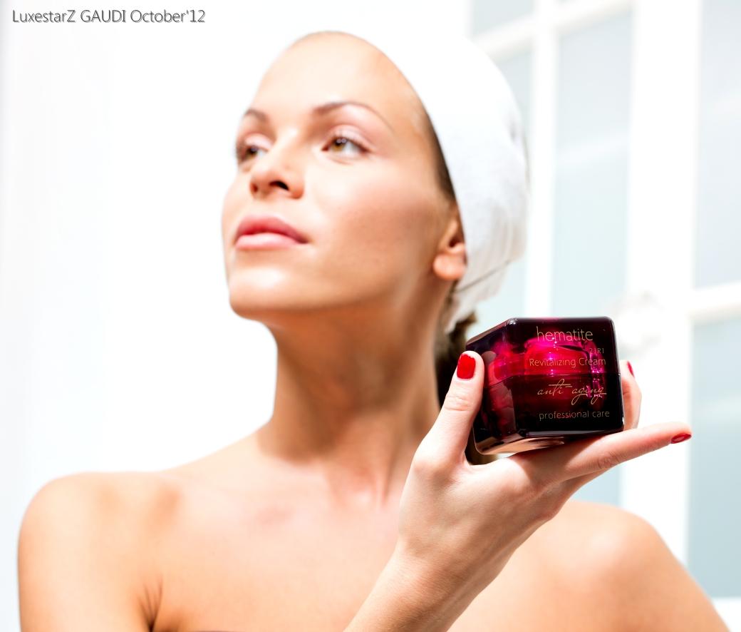 Hematite Revitalizing Face Cream